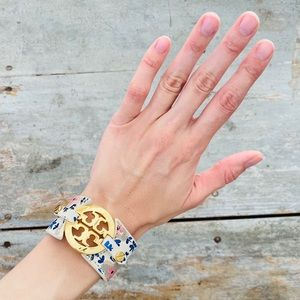 ♥️ Tory Burch ♥️ Gold & Floral Leather Bracelet
